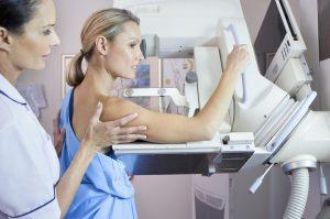آزمایشات سلامت بانوان 40 سال به بالا